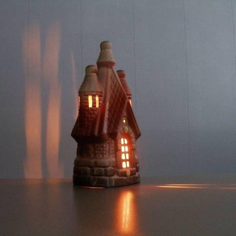 Ионизатор воздуха модель Теремок Серебро со светильником